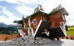 Dom do góry nogami w Terfens