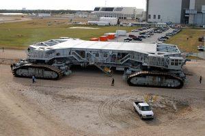 Crawler-transporter