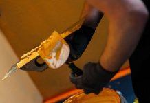Tynki cienkowarstwowe elewacyjne -kladzenie-tynku