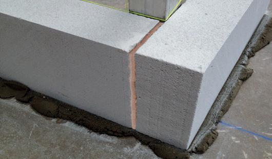 Klej budowlany Soudabond Easy budowa 4